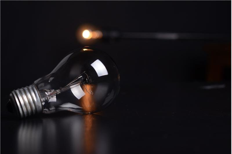 Одна лампочка