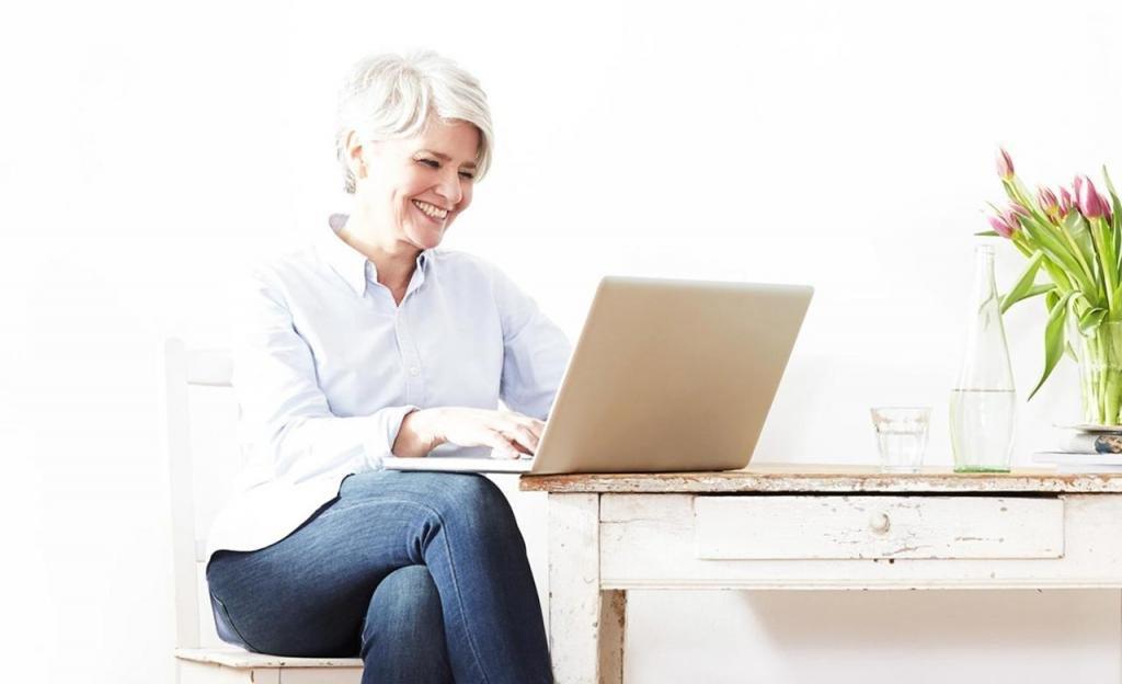 женщина ноутбук