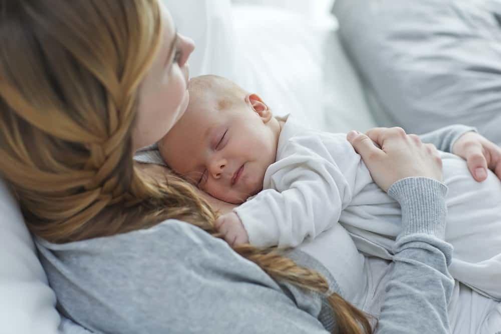 выплаты положены при рождении