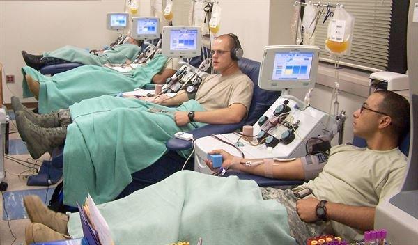 Солдаты в госпитале по льготе