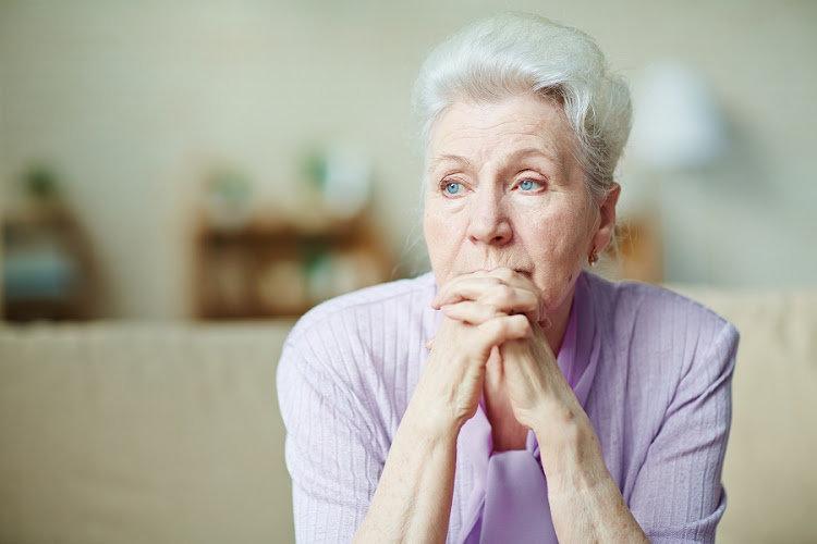 отрабатывают ли пенсионеры при увольнении 2 недели