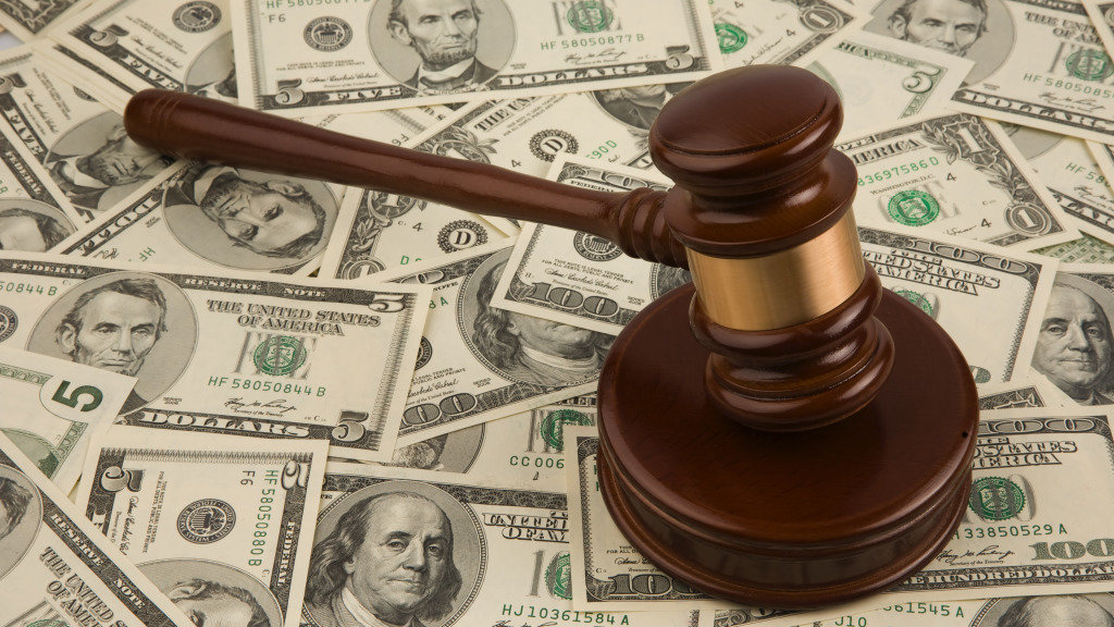 момент вступления в наследство по закону