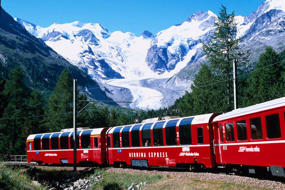 Красивый поезд