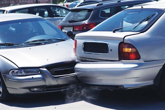 дтп на парковке страховой случай или нет