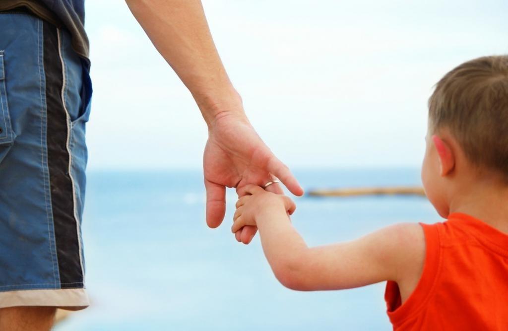 может ли ребенок лишить отца родительских прав