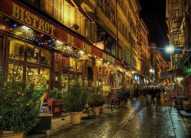 Во Франции