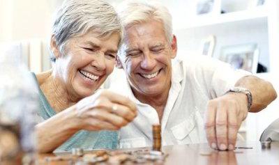 Как оформить пенсию по возрасту: необходимые документы, учет стажа, подача заявления, сроки
