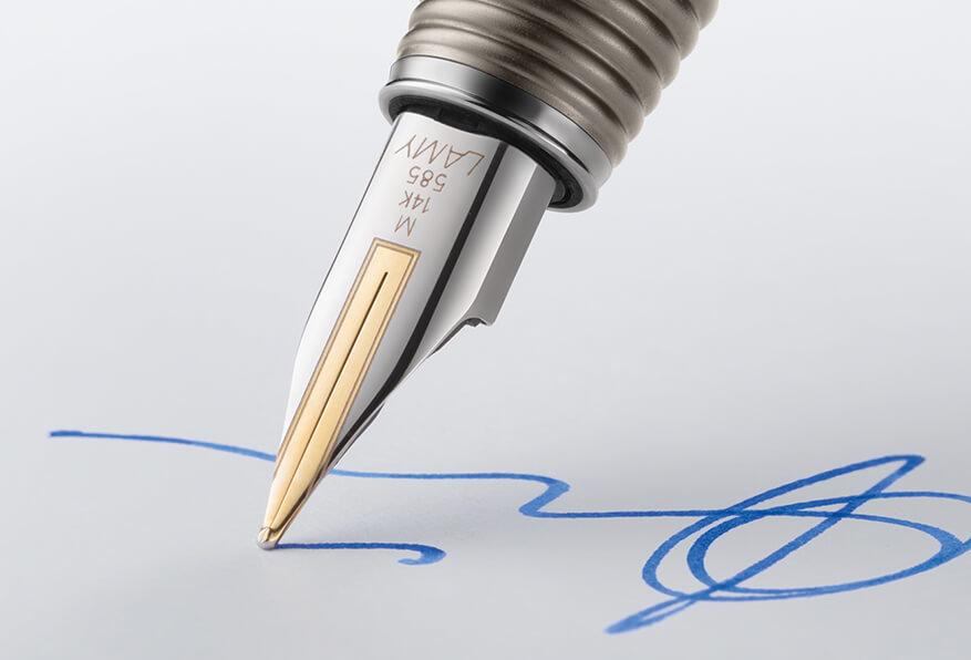 подпись обязательна