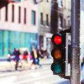Какой штраф на проезд на красный свет светофора под камеру?
