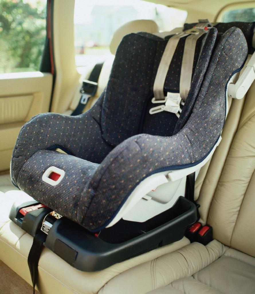 Автомобильные детские кресла - до какого возраста