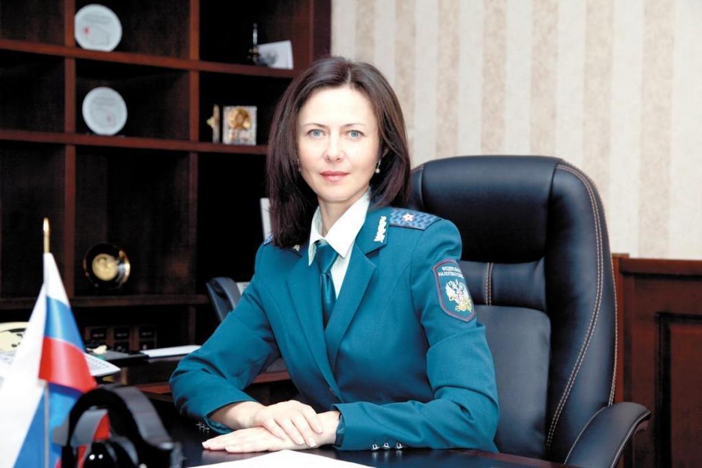 Инспектор налоговой службы