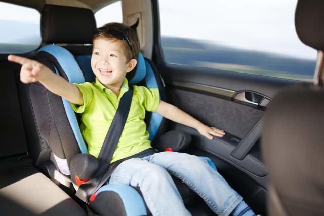 перевозка детей в автомобиле до 12 лет