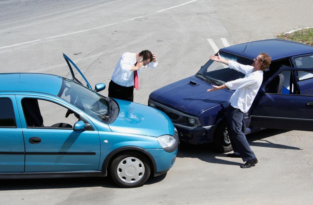 Обязанности водителя при ДТП