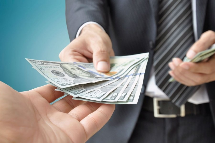Взяточничество и коррупция